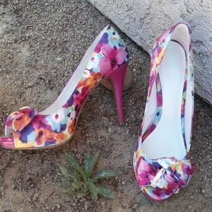 Floral Fioni platform heels